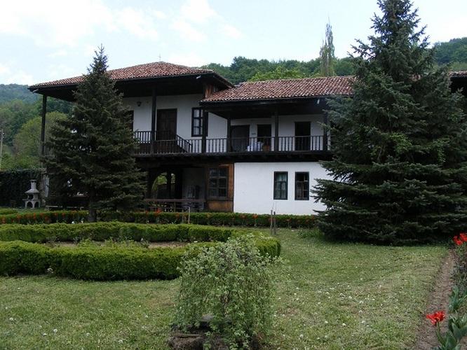Hadzhilak_2