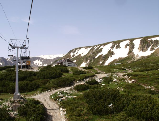 Panichishte-Lift-and-hotel-Rila-Lakes
