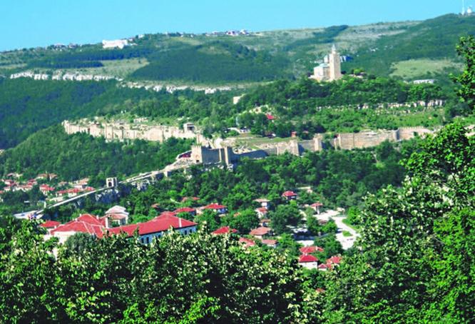 Turnovo-Tsatevets hill1