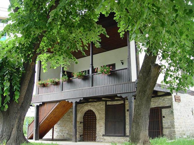 dechkova house