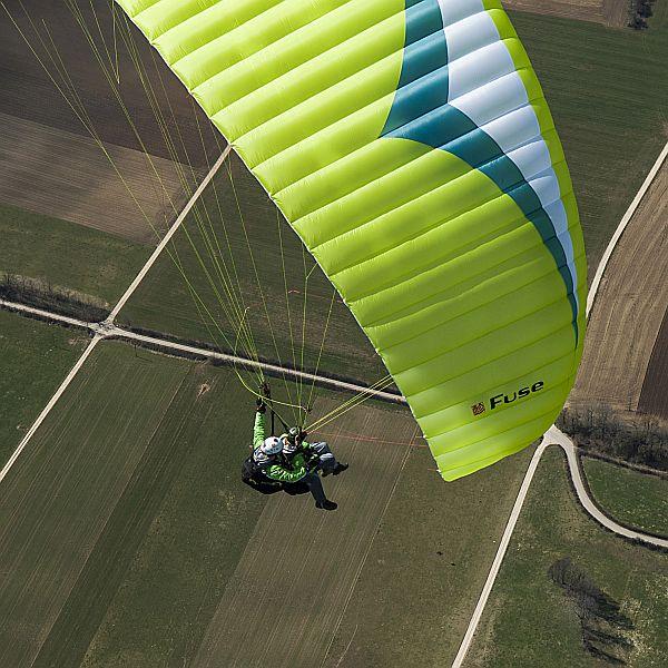 Tandem Paragliding 4